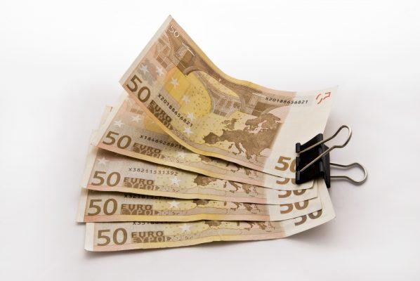 اليورو دولار: الاتجاه تحول إلى الهبوط ومقاومة قريبة للغاية